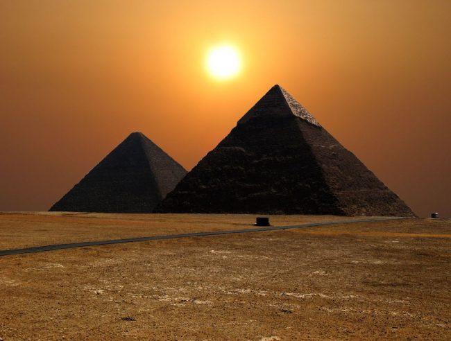 Величественные Египетские пирамиды
