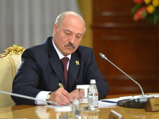 Лукашенко паникует и винит Россию в массовых акциях протеста
