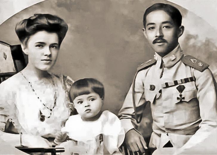 екатерина десницкая и принц сиама чакрабон фото лепс