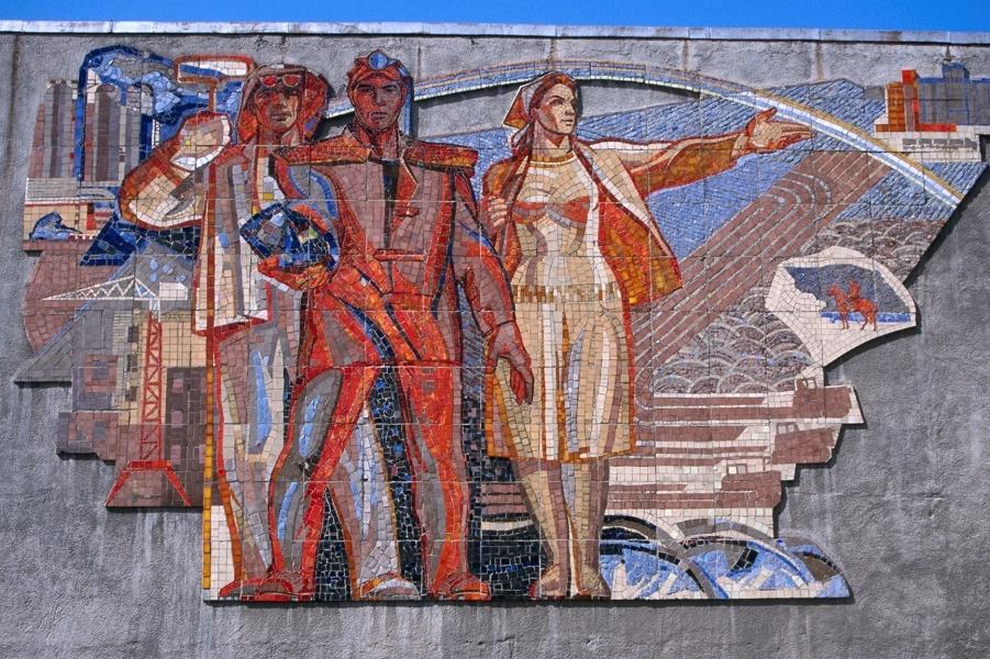 Пропавшие мозаика и фрески: потерянное советское искусство