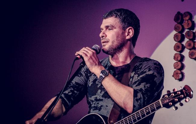 Украинский музыкант об убийствах полицейских: все нормально, реформа в условиях войны набивает шишки
