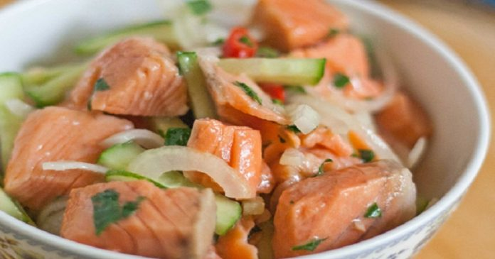 Салат из рыбы по-корейски: выглядит очень аппетитно, а вкус фантастический!