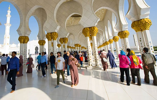 Отели Абу-Даби ожидают 5,5 м…
