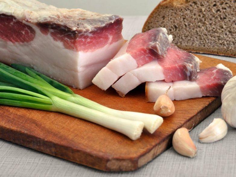 8 мифов про свиное сало