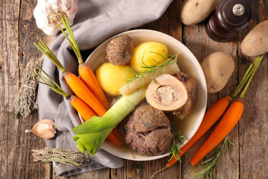 Для суставов и гладкой кожи! Рецепт коллагенового бульона от Татьяны Котовой