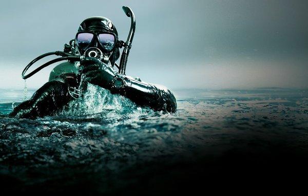 Как наш псевдо-боевой пловец…