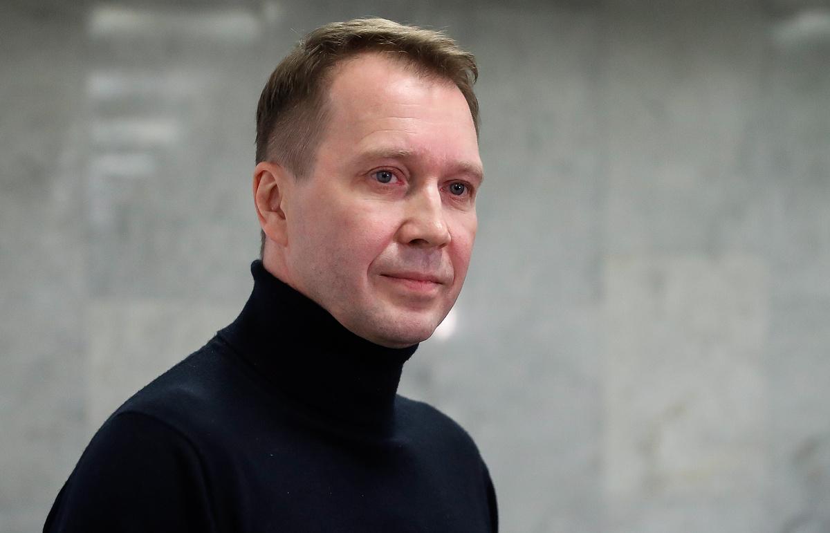 СМИ: Суррогатная мать родила сына 52-летнему Евгению Миронову