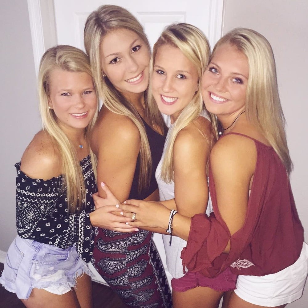 Sexey college babes — 2