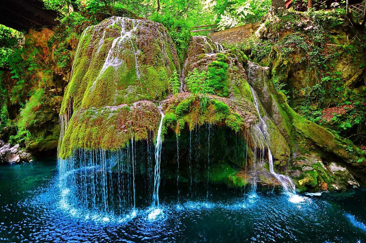 необычные водопады мира фото хочу сказать
