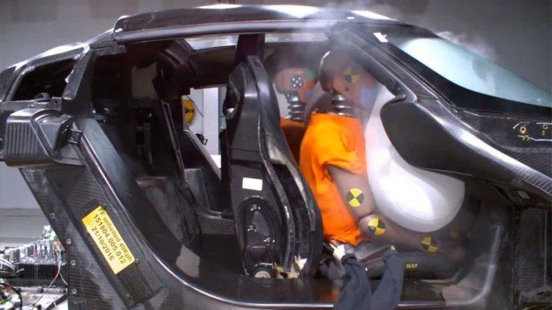 Как проводят краш-тест гиперкара Koenigsegg за 2 миллиона долларов автомобили,видео