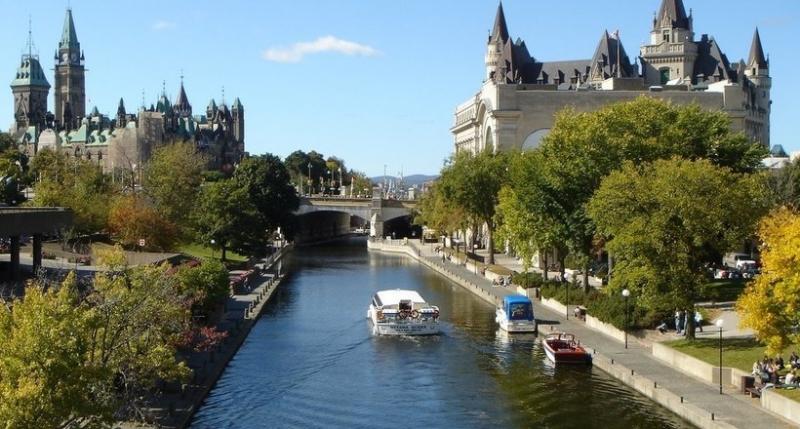 Канал Ридо в Канаде — самый …