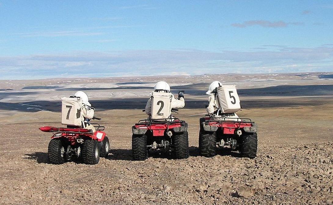 Кусок Марса на Земле, где учат жить как на другой планете: остров Девон остров, Девон, космос, модулях, ученым, целый, уникальных, возможностей, испытать, космическое, оборудование, ЗемлеЭкипаж, станции, исследует, моторных, EVAАрктические, удаленность, ограниченные, логистические, коммуникационные