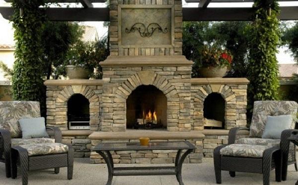Такой умелец знает, как создать уютную и теплую обстановку в доме и на даче, да еще и обедом угостит)))