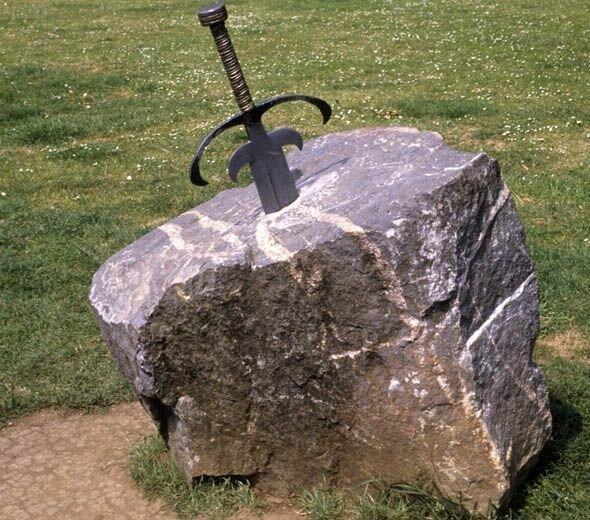 Сколько еще королей можно найти с помощью этих мечей камень, камне, который, Эскалибур, камня, названием, находится, легенде, Помните, бродит, очередной, король3, Гигантских, викингов, сделанные, бронзы, полностью, украли, составляют, невероятный