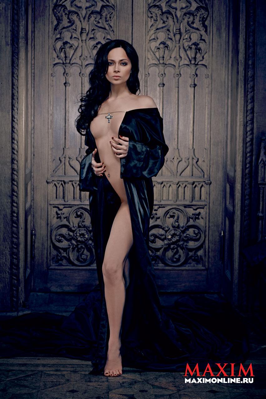 Emmanuelle Escourrou Nude Photos 45