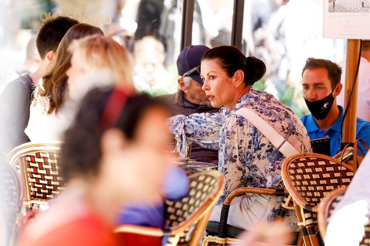 Майкл Дуглас и Кэтрин Зета-Джонс вместе с детьми отдыхают на Майорке Звезды,Звездные пары