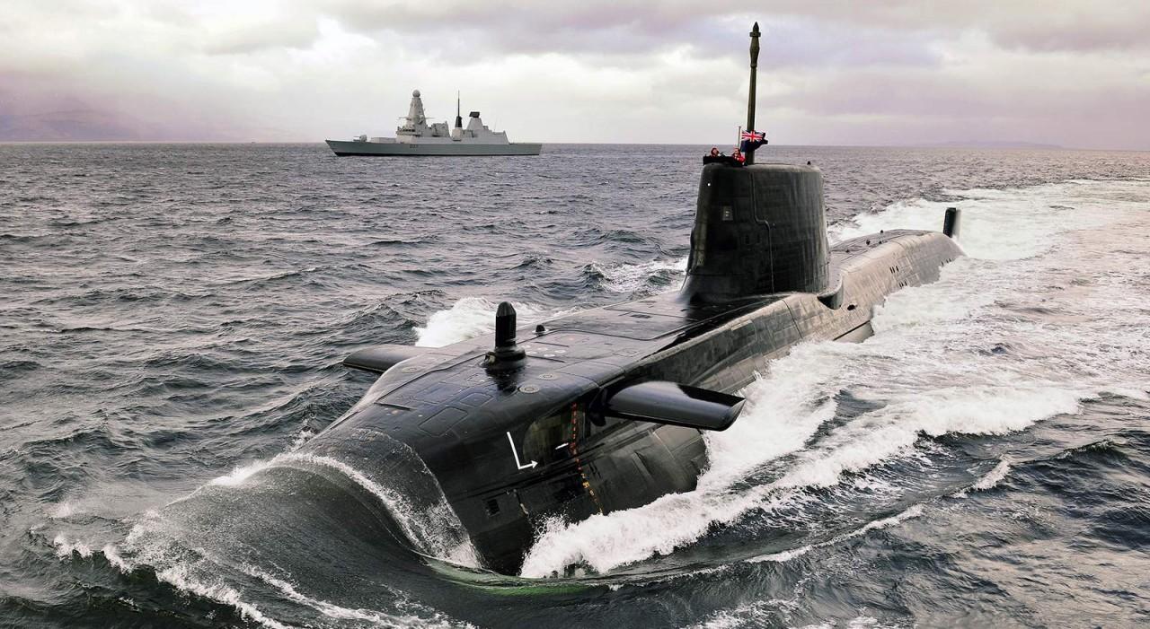 ВМФ России vs. британская по…