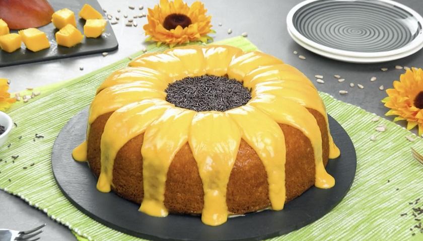 Вкусный торт «Подсолнух»: красивый десерт с фруктовым кремом