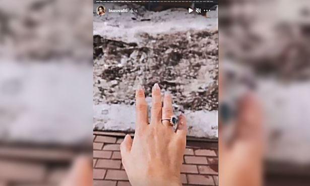 Ольга Бузова показала помолвочное кольцо после расставания с Давой Шоу бизнес
