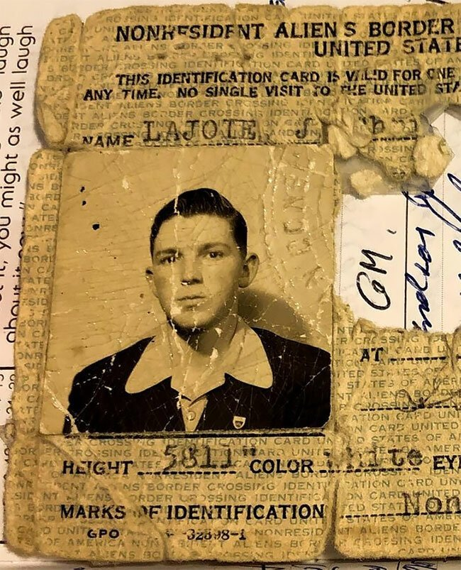 4. Удостоверение личности иностранца в США в 1943 году винтаж, интересно, исторические кадры, исторические фото, история, ретро фото, старые фото, фото