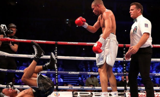 Медаль за неуважение: боксер стал чемпионом высмеяв соперника