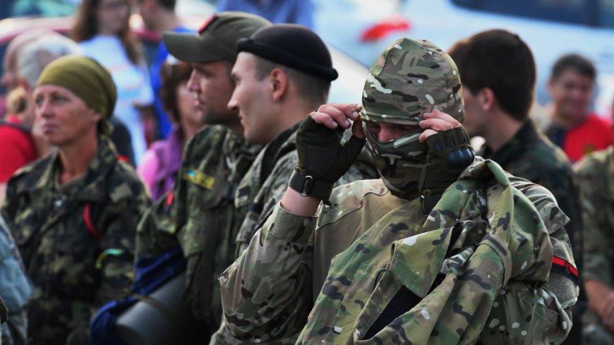 Украинские радикалы поставили ультиматум Зеленскому из-за телемоста с Россией