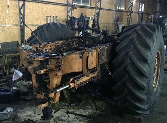 Мужчина приложил титанические усилия и восстановил старый «Кировец» авто и мото,автоновости
