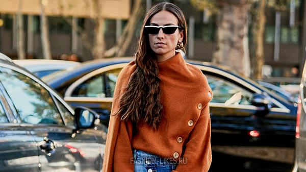 Самый необычный тренд сезона — свитер, который еще и шарф