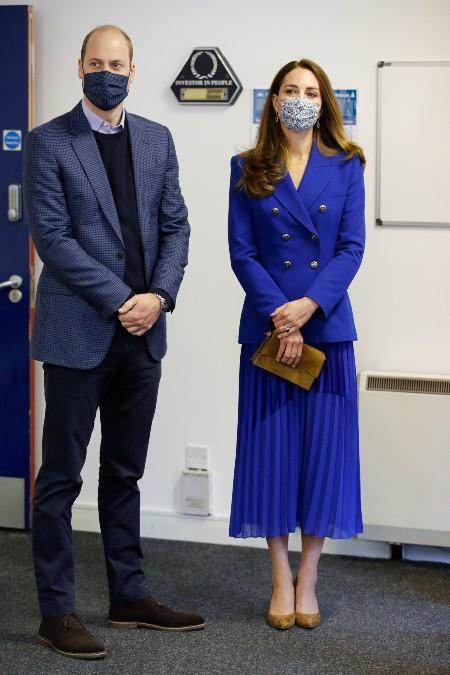 Кейт Миддлтон присоединилась к принцу Уильяму в туре по Шотландии Монархи,Британские монархи