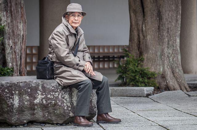 Здоровье, деньги и образование. Что помогает дольше жить?