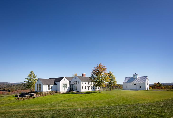 Современный фермерский дом в США