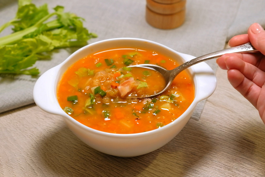 ТОП 5 самых вкусных летних супов кастрюлю, минут, варить, около, картофель, зеленью, бросить, вкусу, Снять, порезать, залить, добавить, слабом, Когда, картофеля1, посолить, можно, обжарить, бульон, сольКак
