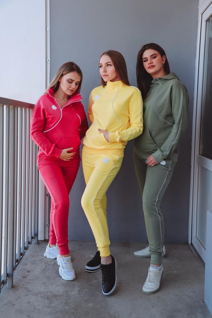 Женский спортивный трикотажный костюм DIY
