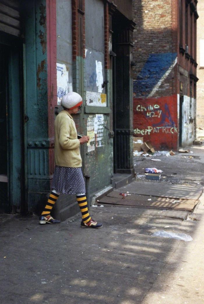 Уличная жизнь Нью-Йорка с 1930-х до 80-х годов в фотографиях Элен Левитт 26