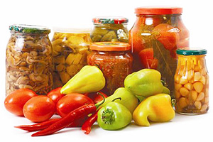 http://www.calorizator.ru/sites/default/files/article/myth-canned-vegetables-1.jpg