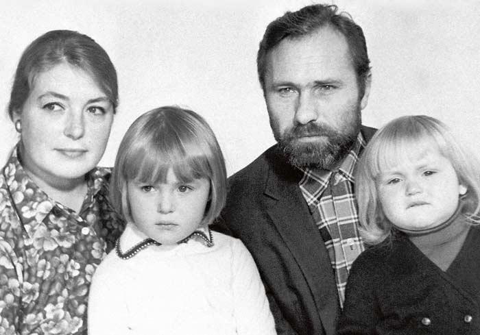 Лидия Федосеева-Шукшина рассказала о том, как муж планировал ее убить