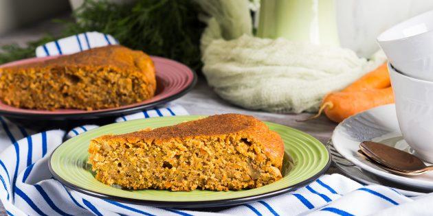 Постный морковный пирог с орехами