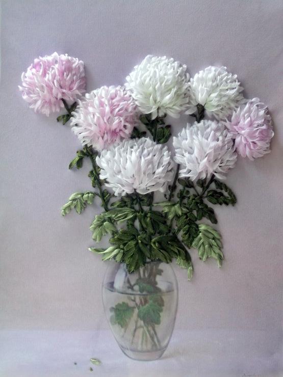 Роскошные хризантемы, вышитые лентами — мастер-класс