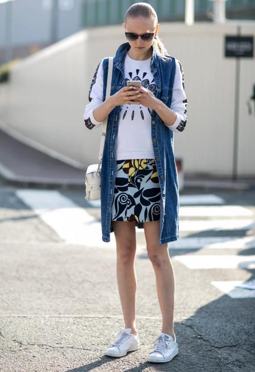 Джинсовый жилет: стильное дополнение к летним нарядам