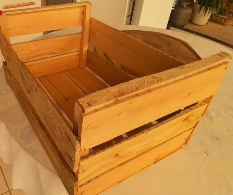 Превращаем деревянный ящик в тумбу или подставку для цветов