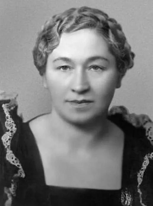 Кокой была в юности Старушка-сказительница из любимых сказок детства, и ее удивительная жизнь история кино,кино,киноактеры,легенды мирового кино,моровой кинематограф,ностальгия,отечественные фильмы,СССР