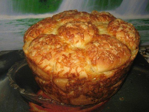 Оригинальная выпечка — «Обезьяний хлеб» с сыром и чесноком