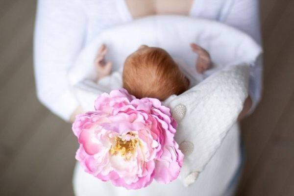 Идеи для подарка цветов для новорожденных