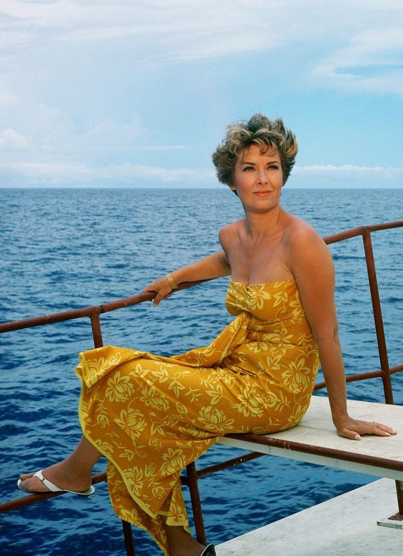 Красотка из 60-ых Вера Майлз