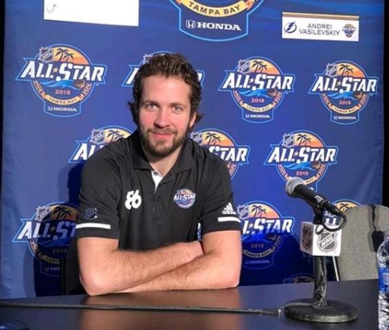 Эксперты оценили шансы хоккеиста Никиты Кучерова получить приз лучшего игрока сезона