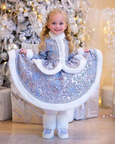 Какие снегурочки-красотулечки!