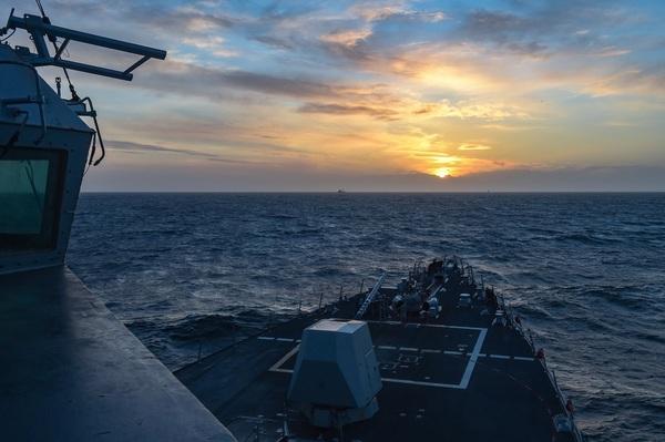 Группа кораблей НАТО вошла в…