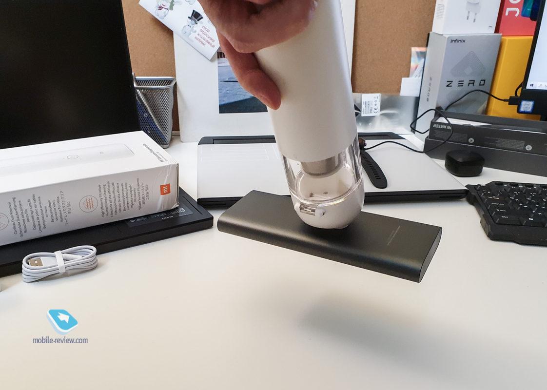 Компактный пылесос от Xiaomi: Mi Vacuum Cleaner mini (как подарок на 23 февраля?) пылесос, Cleaner, Vacuum, Xiaomi, можно, минипылесос, минут, быстро, насадки, пылесосить, время, удобно, HEPAфильтр, может, придётся, чтобы, рублей, минипылесоса, поднять, хорошо