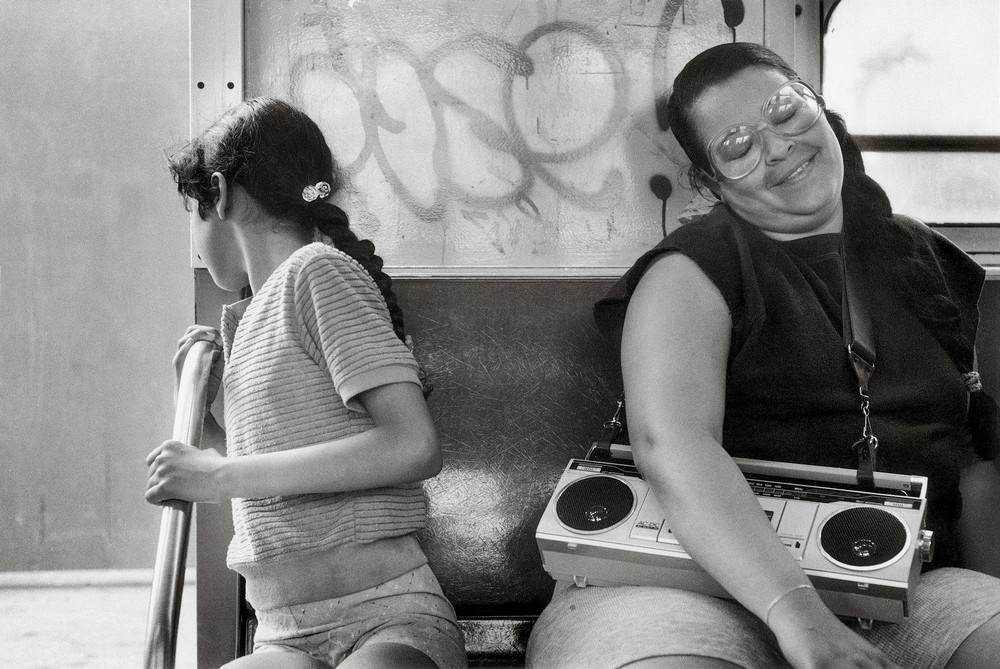 Уличная жизнь Нью-Йорка с 1930-х до 80-х годов в фотографиях Элен Левитт 52