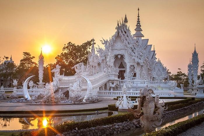 Необычные здания мира, которые в корне ломают стереотипы об архитектуре